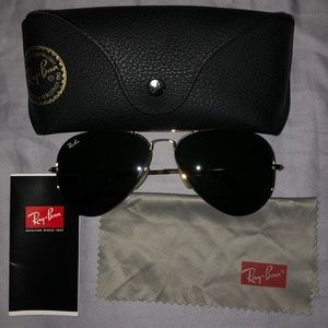 Gently used Ray Ban Sunglasses